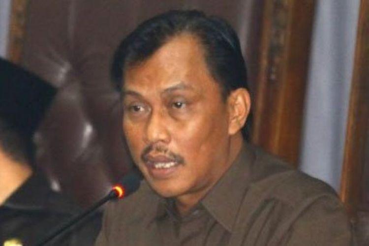 Ketua DPRD Kota Malang, Moch Arief Wicaksono, memimpin Sidang Paripurna Pandangan Akhir Fraksi terhadap Ranperda tentang Pertanggungjawaban Penggunaan APBD 2016 Kota Malang dalam Rapat Paripurna di DPRD Kota Malang, Jumat (4/8/2017).