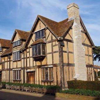 Rumah keluarga Shakespeare di Stratford-upon-Avon, Warwickshire, Inggris.
