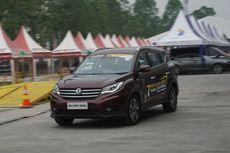 DFSK Glory 580 Jadi Mobil Favorit di GIIAS Makassar
