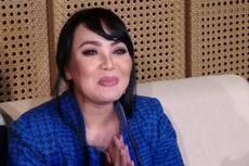 Dewi Gita Tak Kuasa Menahan Tangis Saat Bicara soal Perceraian Gisel dan Gading