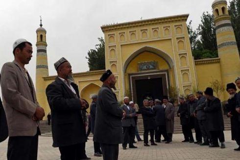 Warga Uighur Minta Bukti Hidup Keluarga Mereka yang Ditahan Pemerintah China