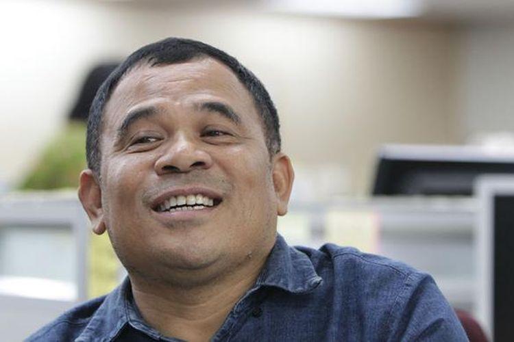 Sutradara dan produser film Garin Nugroho diwawancara di newsroom Harian Kompas, Gedung Kompas Gramedia, Jakarta Pusat, Rabu (20/1/2016).