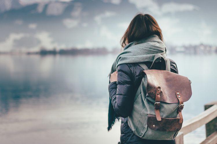 Ilustrasi travelling sendirian