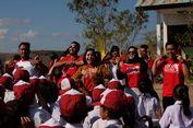 Wisata ke Sumba Sekaligus Bantu Pendidikan Anak-anak