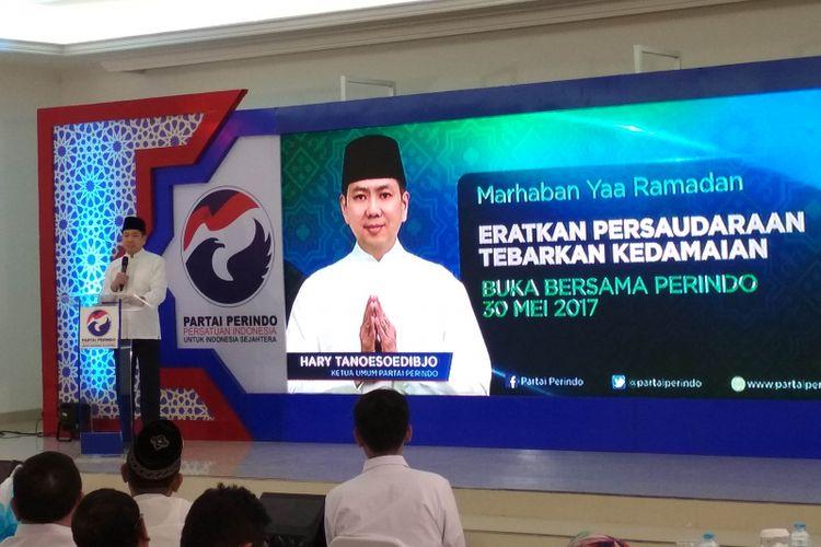 Ketua Umum Partai Persatuan Indonesia (Perindo), Hary Tanoesoedibjo Dalam Acara Buka Puasa Bersama di Kantor DPP Perindo, Menteng, Jakarta, Selasa (30/5/2017).