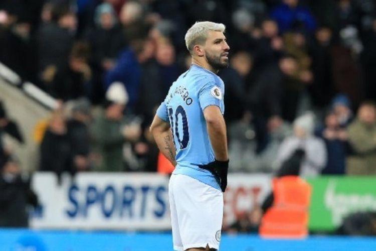 Sergi Aguero tampak kecewa seusai laga Newcastle United vs Manchester City di Stadion St. James Park dalam lanjutan Liga Inggris, 29 Januari 2019.