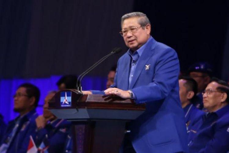 Ketua umum partai Demokrat Susilo Bambang Yudhoyono (SBY) saat orasi di Jakarta Convention Center, Jakarta, Selasa (7/2/2017). SBY menyampaikan pidato politik dalam rangkaian Dies Natalies ke 15 partai Demokrat yang diawali Rapimnas.