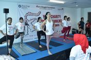 Mengajak Lebih Peduli Sesama Lewat Yoga
