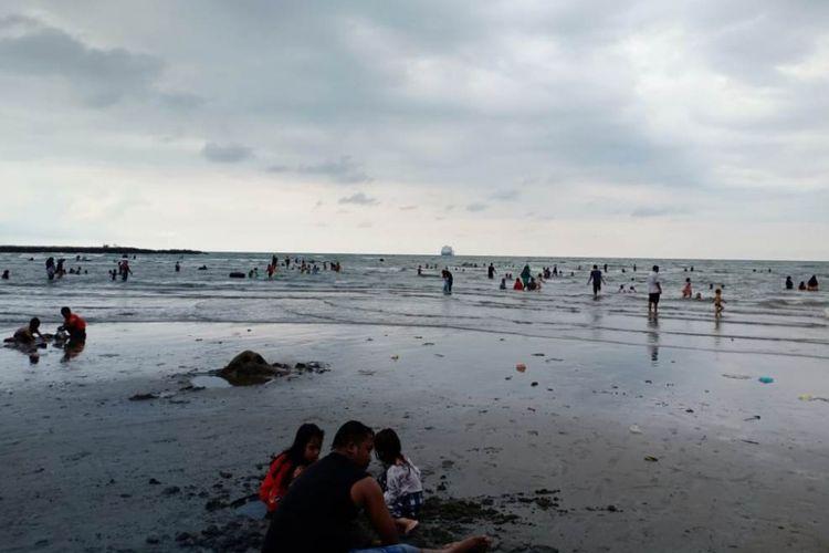 Menyaksikan Keramaian Pantai di Lhokseumawe Sehari Jelang Ramadhan