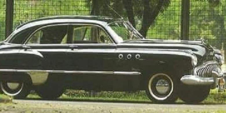 Buick Super yang pernah digunakan Presiden Soekarno.