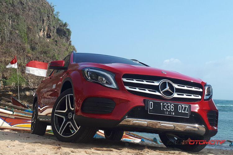 Test drive Mercedes-Benz GLA 200 AMG Line