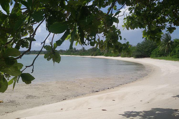 Pantai Marang Buluh, Pulau Seliu, Belitung, Selasa (21/5/2019).