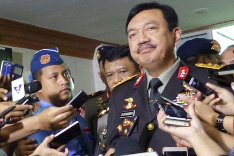 Komjen Pol Budi Gunawan usai melaksanakan uji kepatutan dan kelayakan calon Kepala BIN di Kompleks Parlemen, Senayan, Jakarta, Rabu (7/9/2016)
