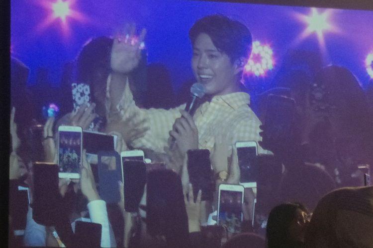 Park Bo Gum berinteraksi dengan penggemar dalam fan meeting bertajuk Good Day di The Kasablanka Hall, Kota Kasablanka, Jakarta Selatan, Sabtu (23/3/2019) malam.