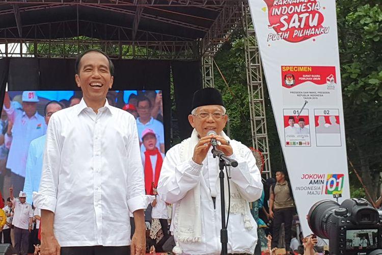 Calon presiden dan wakil presiden nomor urut 01, Joko Widodo-Maruf Amin saat berkampanye di Kota Tangerang, Minggu (7/4/2019).