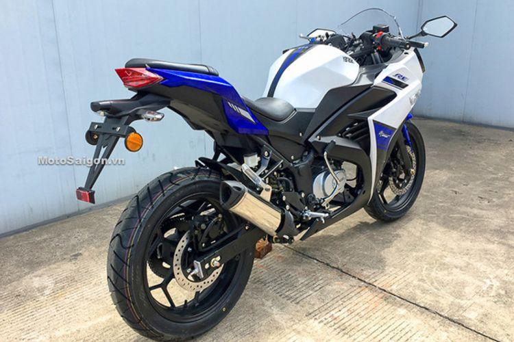 Yamasaki RE motor gabungan Yamaha R25 dan Kawasaki Ninja 250 dari China dengan mesin 50 cc