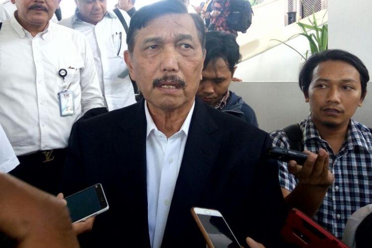 Menteri Koordinator Bidang Kemaritiman, Luhut Binsar Panjaitan usai memimpin rapat koordinasi dewan pengarah badan otorita pariwisata Borobudur