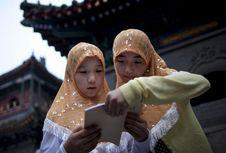 Mengenal Muslim Uighur di China, Siapa Mereka?