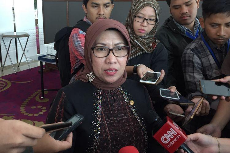 Wakil Dewan Komisioner Otoritas Jasa Keuangan (OJK) Nurhaida