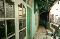 Akses Jalan ke Rumah Eko Rampung, Ada Tulisan Selamat Datang dan Taburan Bunga