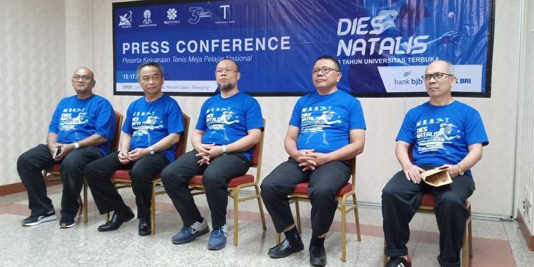 Konferensi Pers Tumamen Tenis Meja Pelajar Nasional Piala Universitas Terbuka ke-7 di Universitas Terbuka Convention Center, Tangerang Selatan (15/8/2019).