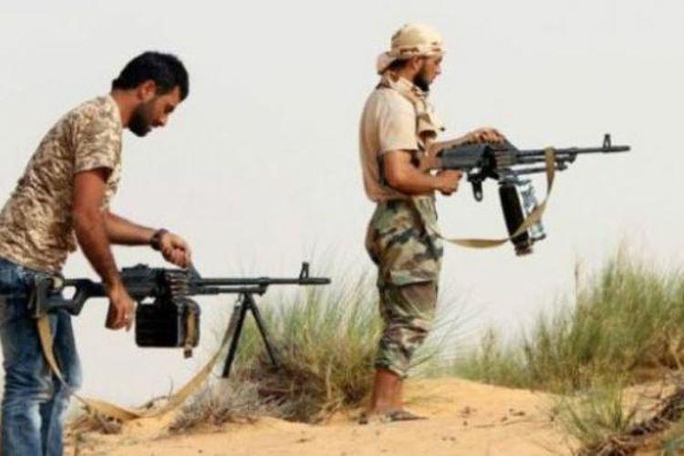 Milisi bersenjata Libya bisa melakukan jual beli senjata lewat media sosial.