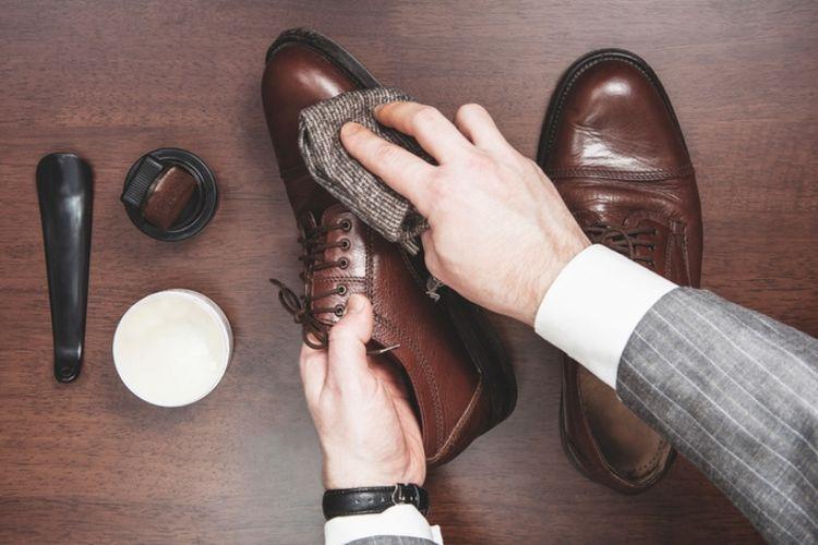 Cara Mudah Merawat Sepatu Kulit - Kompas.com cd5537db30