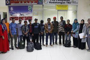 Kabur dari Malaysia, 8 TKI Kelaparan di Hutan hingga Dipulangkan ke Aceh