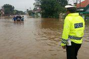 Banjir hingga Satu Meter, Jalur Pantura Pasuruan Lumpuh Total