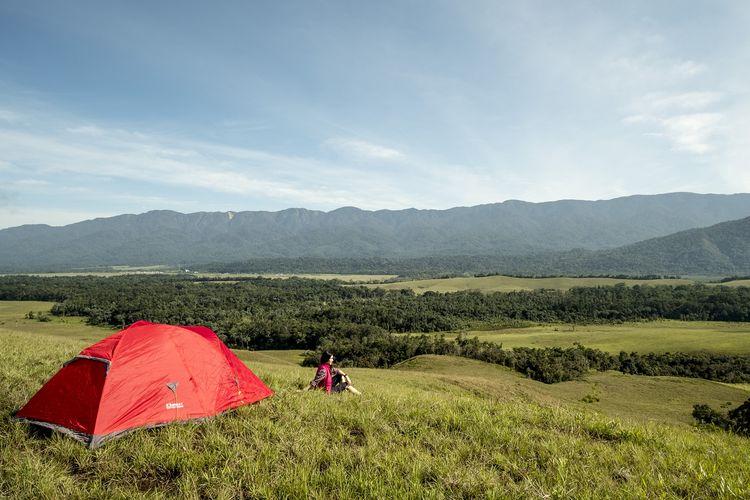 Menikmati Bukit Sontiri, Savana dari Tambrauw Papua Barat