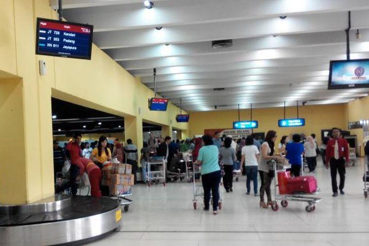 Tempat pengambilan bagasi penumpang di Bandara Soekarno Hatta