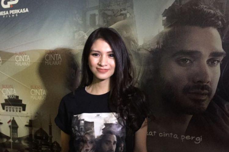 Donita saat menghadiri jumpa pers film Bukan Cinta Malaikat di Epicentrum Walk, Kuningan, Jakarta Selatan, Senin (10/7/2017).