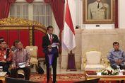 Kumpulkan Gubernur, Jokowi Minta Tak Ada yang Buat Aturan Sendiri