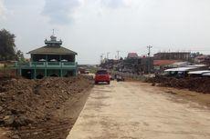 Masjid 2 Lantai Itu Persis di Tengah Jalan Tol Batang-Semarang