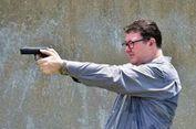 Unggah Foto Memegang Pistol, Politisi Australia Dikecam