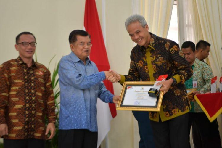 Pemprov Jawa Tengah Raih Penghargaan Keterbukaan Informasi Publik