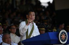 Duterte Bakal Mundur jika Wanita Ajukan Petisi soal Aksi Ciumannya
