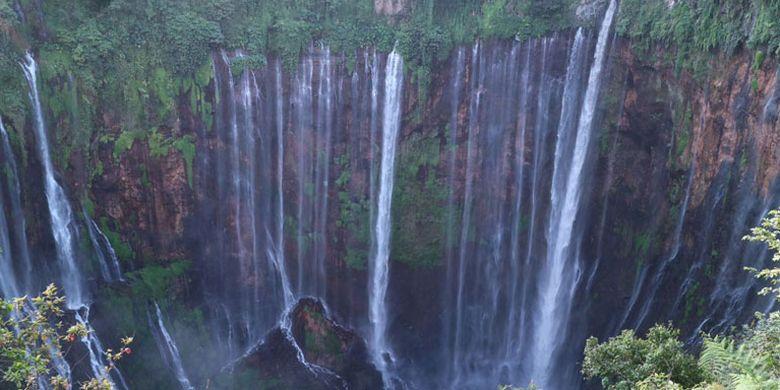 Air Terjun Tumpak Sewu Di Lumajang Niagara Nya Indonesia