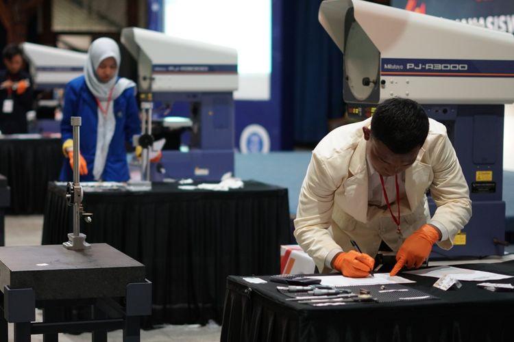 PT Kawan Lama Sejahtera dan Ditjen Belmawa Kemristekdikti menggelar Kompetisi Metrologi Mahasiswa Vokasi Tingkat Nasional pada 9 April 2019 di ITB, Bandung (9/4/2019).