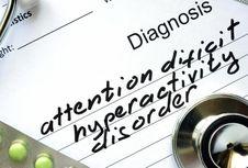 Ini Cara Terbaik Menjalin Ikatan dengan Penderita ADHD, Menurut Sains