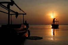 Dihantam Ombak, Perahu Nelayan Tenggelam, 2 Selamat dan 1 Hilang
