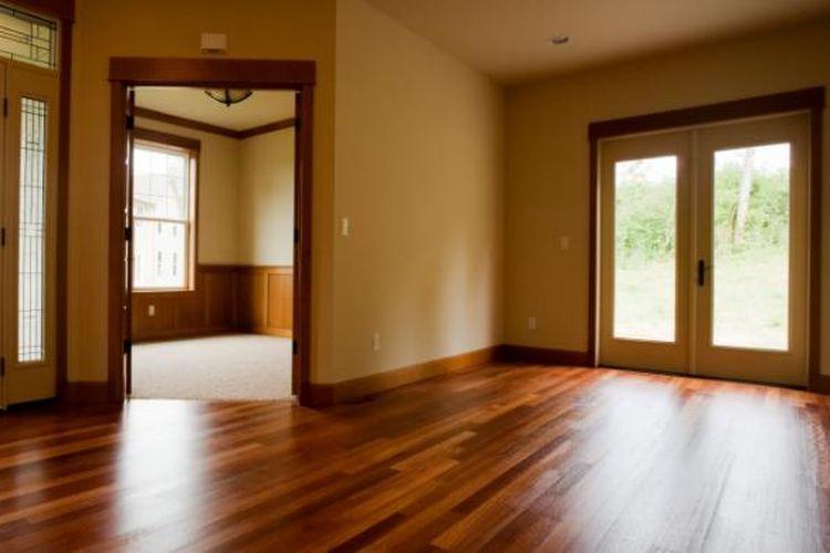 lantai kayu.