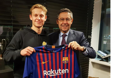 Ke Barcelona, De Jong Bersaing dengan Nama-nama Besar di Lini Tengah