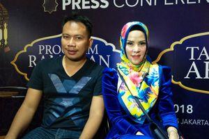 Vicky Prasetyo Umumkan Perpisahan dengan Angel Lelga