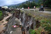 Sebagian Jasad Korban Bencana Jayapura Ditemukan di Bawah Kayu dan Lumpur