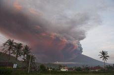 Menpar Kritik Hotel di Bali Pelit Diskon Saat Gunung Agung Erupsi