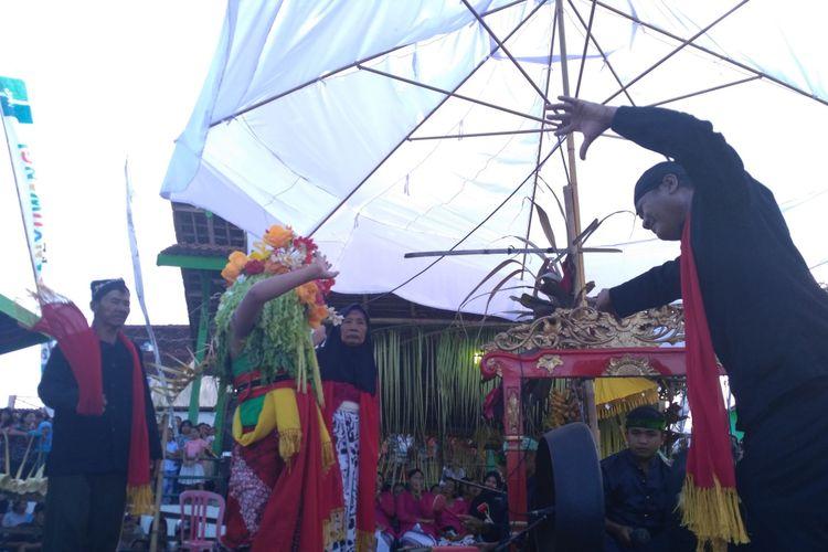 Mistis dalam Ritual Seblang Diminati Wisatawan