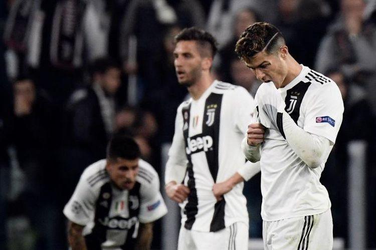 Cristiano Ronaldo setelah pertandingan versus Ajax Amsterdam, Jumat 919/4/2019).