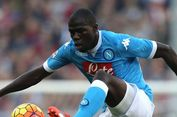 Napoli Tolak Tawaran Man United untuk Koulibaly