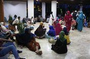 Tuntut Pembebasan Irwandi, Massa Menginap di Kantor Gubernur Aceh
